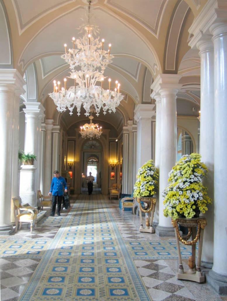 Grand hotel villa d 39 este cernobbio interior decoration for Villa d este como ristorante